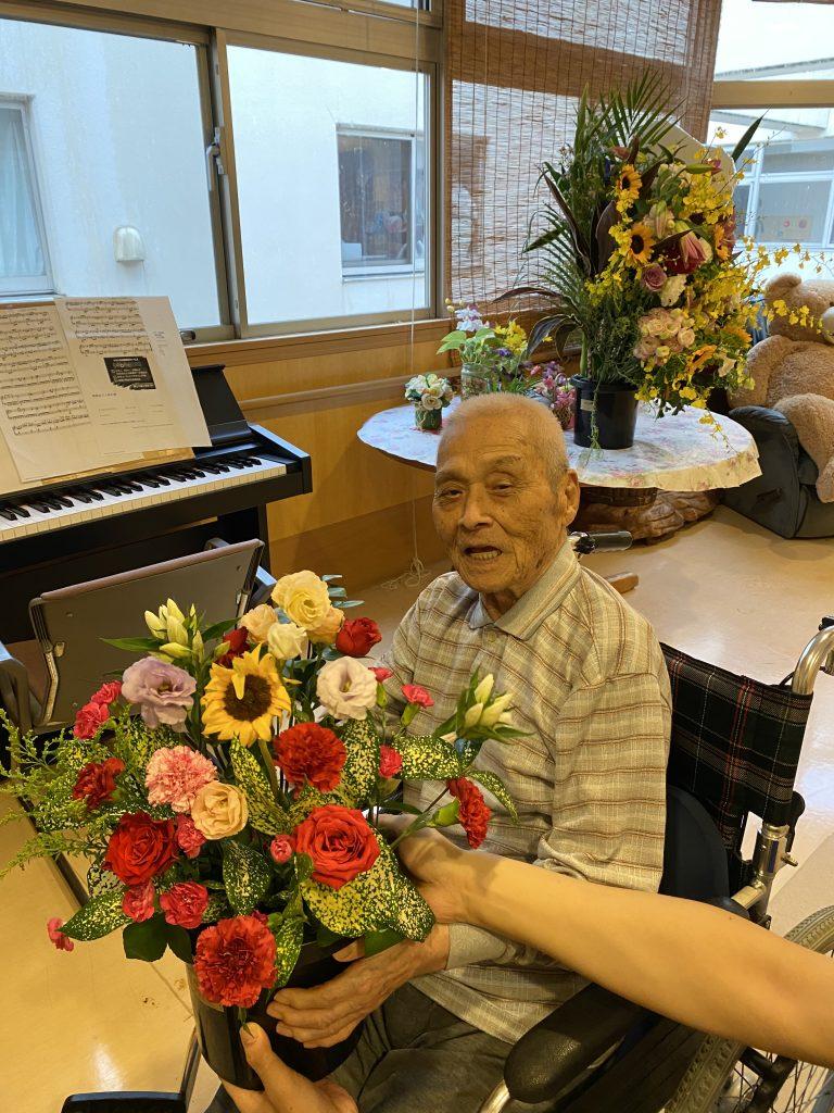 【4階】お花のプレゼントが、、